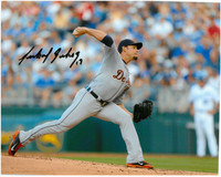 Anibal Sanchez Autographed Detroit Tigers 8x10 Photo #8 - Road Pitching (horizontal)