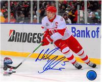 Nicklas Lidstrom Autographed 8x10 Photo #4 - 2009 Winter Classic