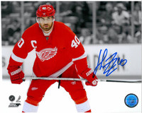 Henrik Zetterberg Autographed Detroit Red Wings 8x10 Photo #2 - Spotlight (horizontal)
