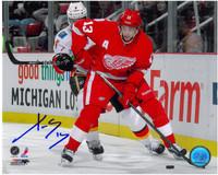 Pavel Datsyuk Autographed Detroit Red Wings 8x10 Photo #4 - Skating Along Boards (Horizontal)
