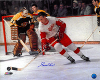 Gordie Howe Autographed Detroit Red Wings 16x20 Photo #2 - Color vs. Boston