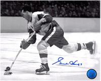 Gordie Howe Autographed Detroit Red Wings 8x10 Photo #5 - Shooting (horizontal)