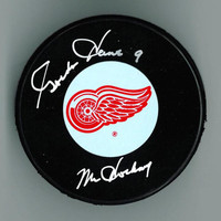 "Gordie Howe Autographed Detroit Red Wings Puck w/ ""Mr. Hockey"""