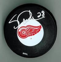 Steve Duchesne Autographed Detroit Red Wings Hockey Puck