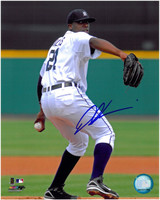 Dontrelle Willis Autographed Detroit Tigers 8x10 Photo