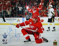Mikael Samuelsson Autographed Detroit Red Wings 16x20 Photo