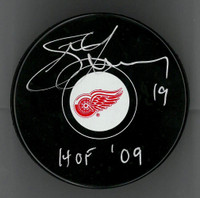 Steve Yzerman Autographed Red Wings HOF Puck