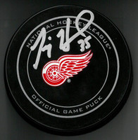 Jimmy Howard Autographed Detroit Red Wings Game Puck (Pre-Order)