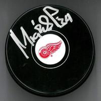 Petr Mrazek Autographed Detroit Red Wings Souvenir Puck (Pre-Order)