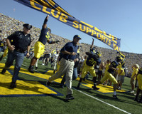 Lloyd Carr Autographed 16x20 Photo #4 - Leading the Team (Pre-Order)