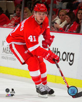 Luke Glendening Autographed 8x10 Photo #1 - Red Jersey Action (Pre-Order)