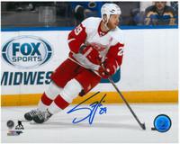 Steve Ott Autographed Detroit Red Wings 8x10 Photo #1 - Horizontal