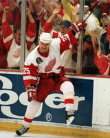 Darren McCarty Autographed 8x10 Photo #2 - 97 Cup Goal Celebration (Pre-Order)