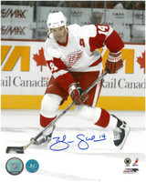 Brendan Shanahan Autographed Detroit Red Wings 8x10 Photo #3 - Road Vertical