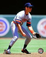 Alan Trammell Autographed 8x10 Photo #4 - Fielding Vertical (Pre-Order)