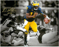 Denard Robinson Autographed Michigan Wolverines 8x10 Photo #1 - Spotlight vs. MSU