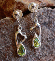 peridot heart earrings 1 at all that glitters colorado springs co