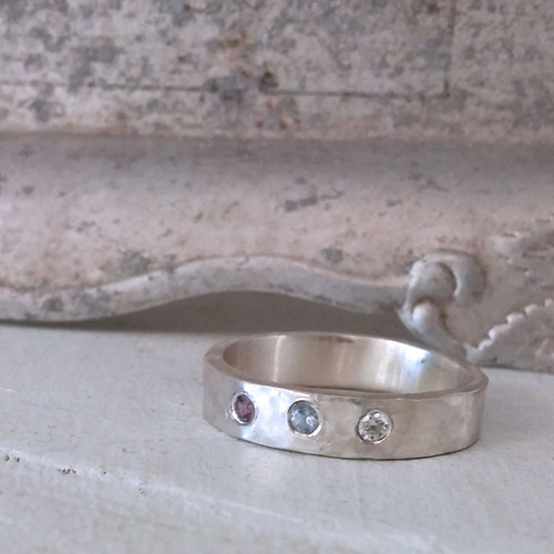 Hammered Family Ring in Sterling Silver