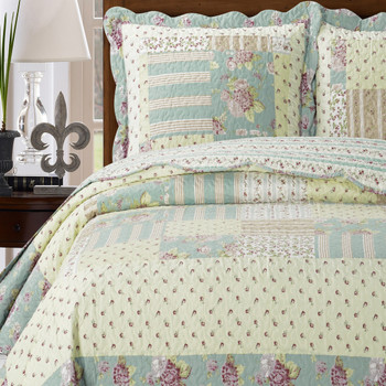 Annabel Sweet Home Quilted Coverlet Set/ Detailed Image