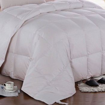 Solid-White-Goose-Down-Comforter-Oversize-All-season-closeup