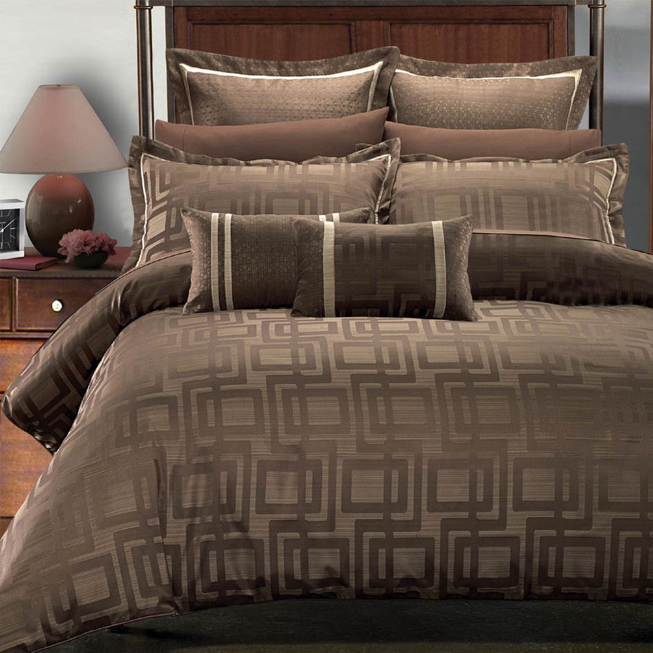 Beige and brown bedding - 7 Piece Janet Jacquard Duvet Cover Set By Royal Hotel Collections