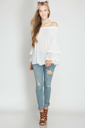 OFF WHITE OFF THE SHOULDER BELL SLEEVE LACE TOP