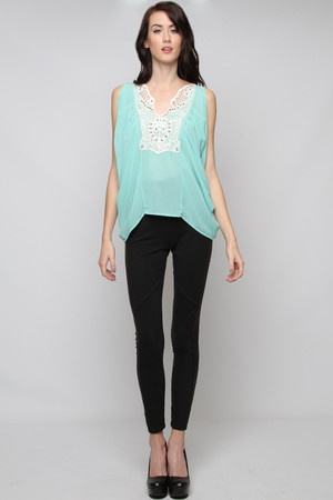 Short Sleeve Beaded Mint Top Ya Los Angeles