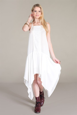 HANDKERCHIEF DRESS WITH LACE DETAIL
