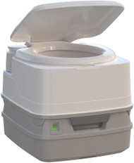 Porta Potti 260P, Piston Pump