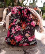 "AK-Trading 3"" x 4"" Vintage Floral Favor Bags for Gifts, Decoration & Favors - Pack of 12 (Black with Pink Roses)"