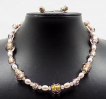 Feminine Flower Necklace