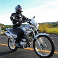 Arriendo Moto Honda Falcon NX400