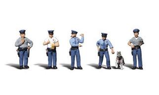 A2736 Woodland Scenics O Policeman
