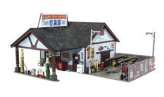 BR5849 O Woodland Scenics Ethyl's Gas & Service