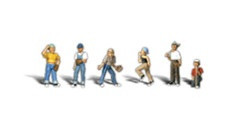 A2146 Woodland Scenics N Scale Scenic Accents(R) Figures Baseball Players II