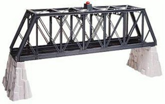 6-12772 O Lionel Truss Bridge w/Flashers & Piers