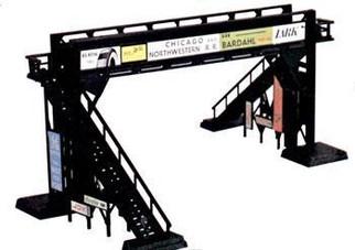 45172 HO Bachmann Pedestrian Bridge Kit