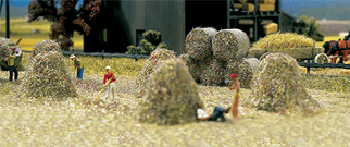 1212B BuschHO Scale Hay and Straw Bales