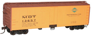 83081 HO Scale Accurail 40' Steel Refrigerator Car with Hinged Door Kit-Illinois Central