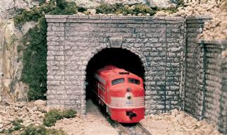 C1267 O Woodland Scenics Tunnel Portal Cut Stone