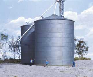 933-3123 HO Scale Walthers Cornerstone Grain Bin Kit