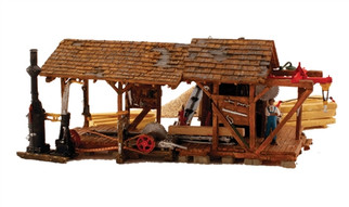 BR5044 HO Woodland Scenics Buzz's Sawmill Built-Up