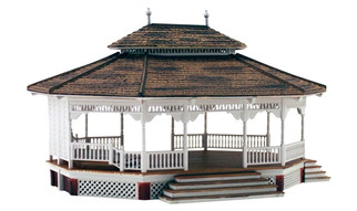 BR5035 HO Woodland Scenics Grand Gazebo Built Up