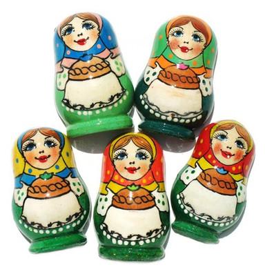 "Refrigerator magnet ""Russian Babushka"" in green dress"