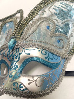 http://d3d71ba2asa5oz.cloudfront.net/12020345/images/vxm7588blu-slv%20silver%20and%20blue%20butterfly%20fancy%20mask.jpg