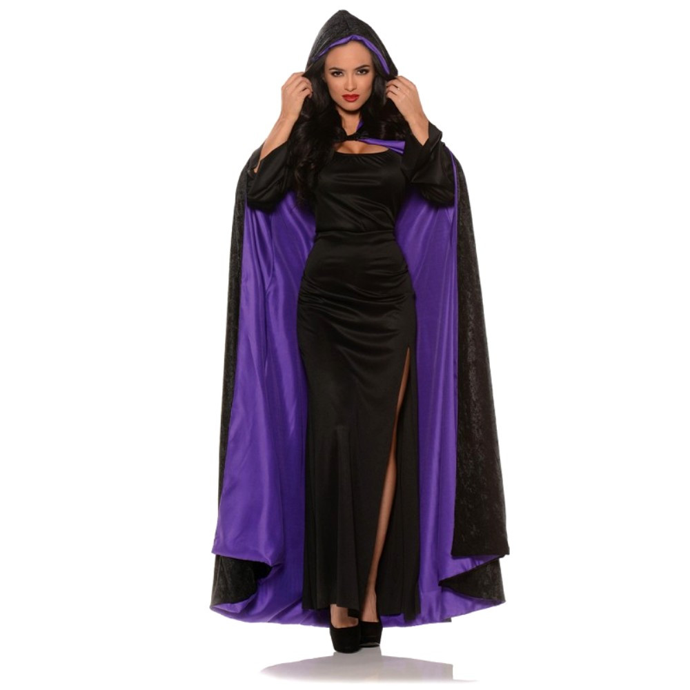 https://d3d71ba2asa5oz.cloudfront.net/12020345/images/uw28654%20hooded%20velvet%20costume%20cape%20with%20red%20lining.jpg
