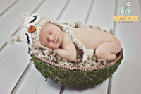 White Wall Photography Backdrop or Portable Wood Floor Mat - Newborn or Maternity Portraits - Item 576