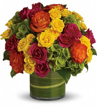 Blow someone away with a bouquet that has so much style all it needs is its own runway.