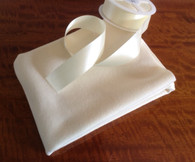 Crib size Cashmere & Wool Blanketing 75 cm x 115 cm matching folded ribbon also available