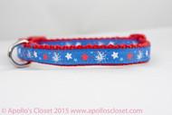Patriotic red, white, blue collar.